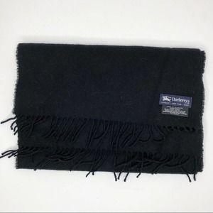 Burberry Vintage 100% Lambswool Solid Scarf Black